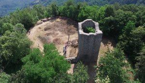 La torre Sycurana del complesso archeologico monumentale Le Torri di Popiglio
