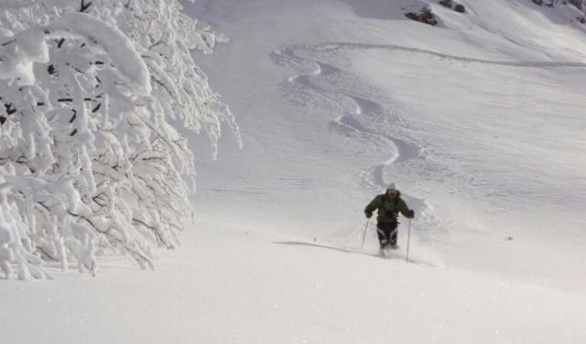 Sci alpinismo, sulla neve soffice tra panorami incredibili